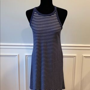 NWOT💕Blue-white Pinstripe Contour Dress